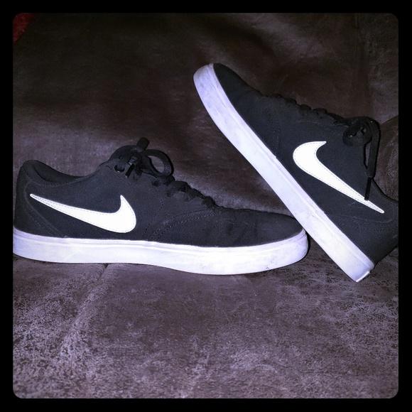 Nike Shoes - Canvas Nike Shoes